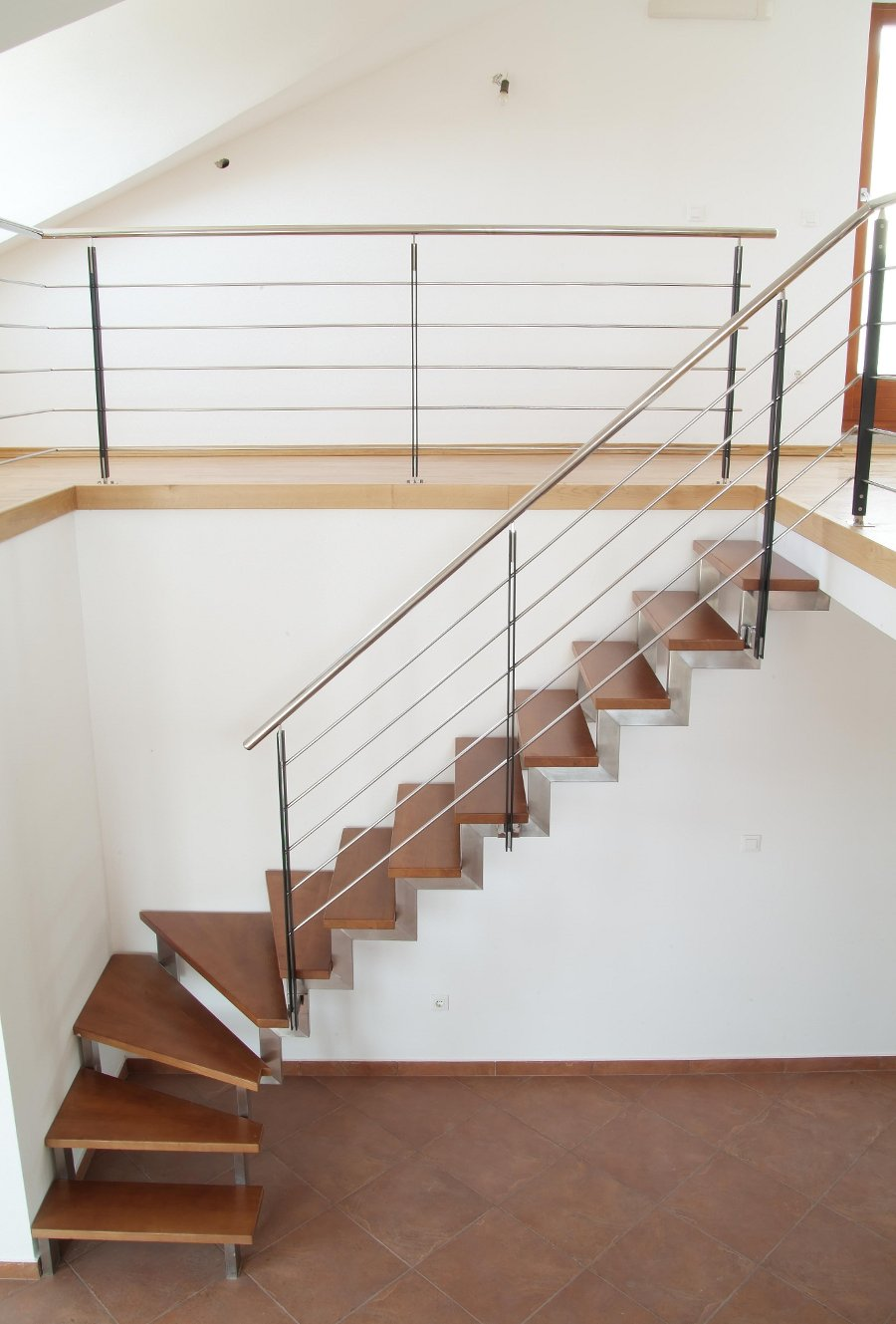 Stepenice Premantura ravne