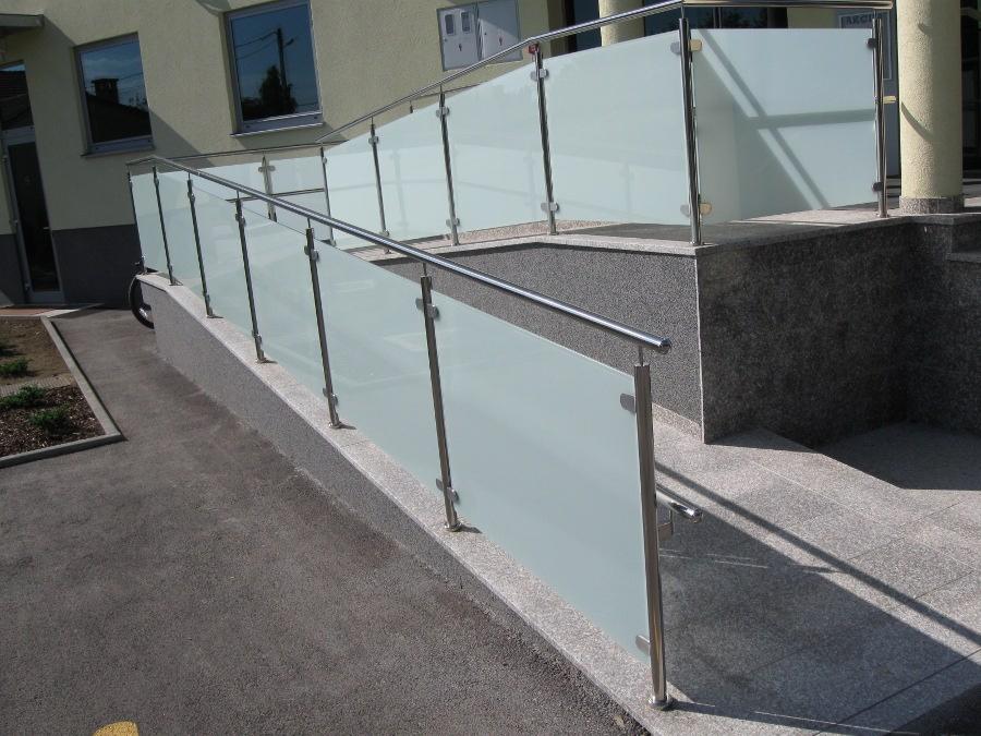 Inox staklena ograda Klaka